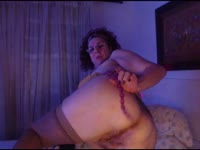 I am a very hot latin girl and I like to masturbate in camera for you